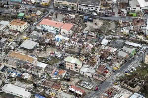 800px-Hurricane_Irma_on_Sint_Maarten_(NL)_05